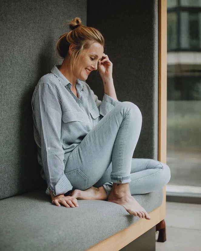 «Я родилась без вагины и сделала ее сама». Невероятная история Элли Хенсли