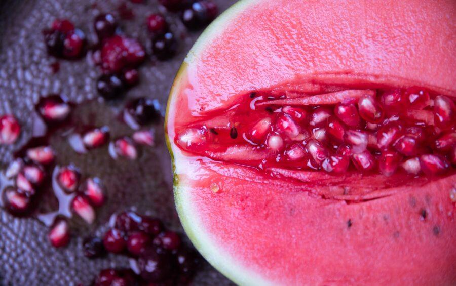 фрукт похожий на гениталии